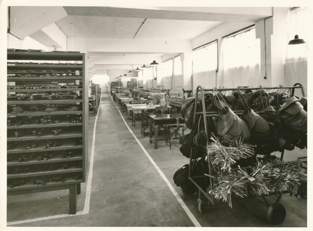 Interiér továrny na Madagaskaru