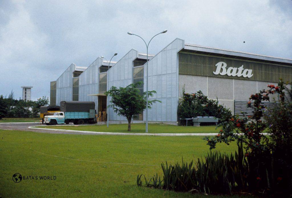 Baťova továrna, Abidjan, 1969